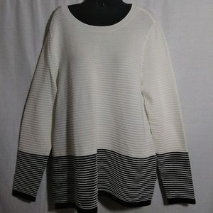 Charter Club Navy and Cream Sweater